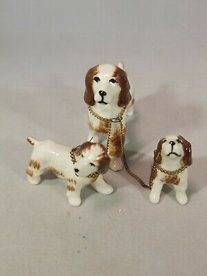 Vintage Springer Spaniel Dog Puppies Mom Family Ceramic Figurine Chained