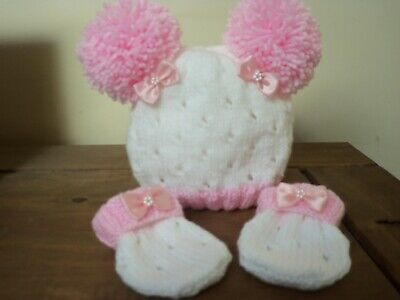 Hand Knitted Baby Hat And Mitts Set -Size 0-3Mths