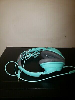 Bose SoundTrue around ear wired Headphones Mint-Green with case. Great condition