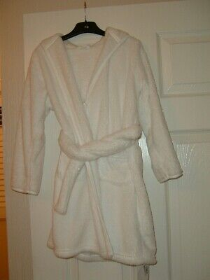 Marks & Spencer Girls White Dressing Gown - New With Tags - Age 5-6