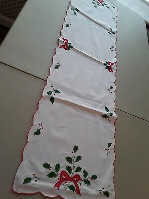 """Christmas Vintage Linen Table Runner/ Centre 42 X 12"""" Approx"""