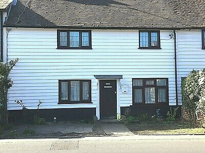 Traditional Grade II Listed Cottage 3 Bedrooms, Village Five Oak Green
