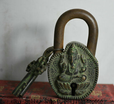 Exquisite old CHINESE BRONZE LOCK BAT SHAPE WITH KEY IN GOOD