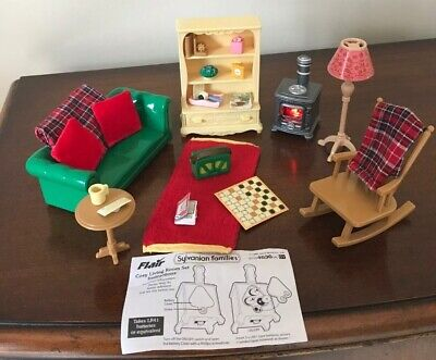 Sylvanian Families ✨COSY LIVING ROOM FURNITURE WITH LIGHT UP LOG BURNER . RARE