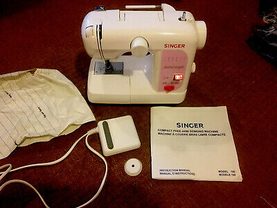 SINGER Featherweight ZIGZAG MODEL 100 Pedal Operated Sewing Machine