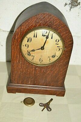 Antique/Vtg GILBERT Beehive Cathedral MANTLE Wind-up CLOCK Works GONG & BELL