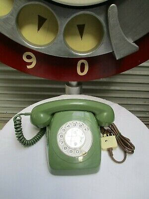 1979 Retro Telephone FERN GREEN - Tested & Working with damage as described.