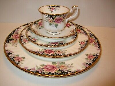 Royal Albert Concerto 5 Piece Place Setting England Bone China