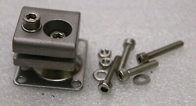 Leuze Electronic Btu 300M.5-D12 Montagesystem for round Rods 12mm 50120425 New