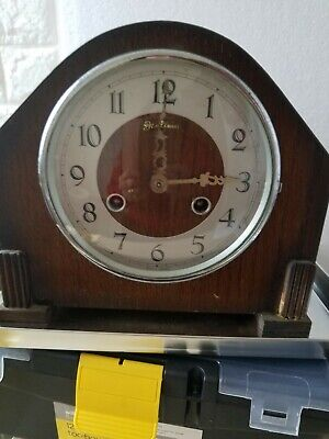 Vintage Perivale Striking 8 Day Mantle Clock