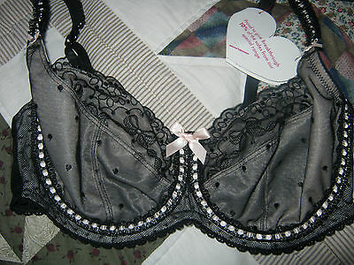 Marks and Spencer M&S BNWOT BLACK AND PINK 30DD LOOK!! GORGEOUS