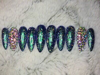 Green chameleon Bling press on nails stiletto holographic Christmas holiday set