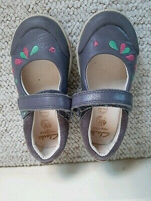 Clarks Girls Shoes Size 7