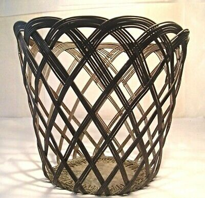 An Arts and Crafts Copper Wire Basket M52