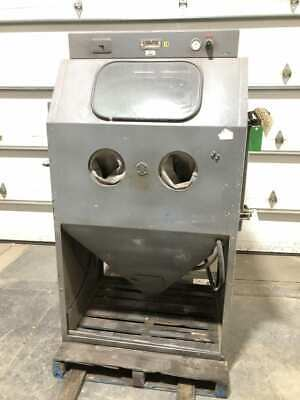Empire Abrasive Equipment MH3040 Sandblasting/Blast Cabinet 1PH 1HP 3450RPM