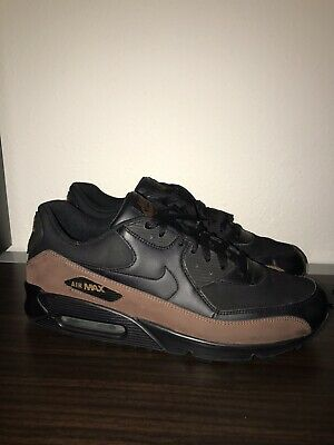 NIKE AIR MAX 90 302519 001 Men Sneakers Black Leather