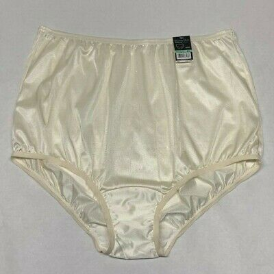 Vanity Fair Perfectly Yours Candle Glow Nylon Panties (Brief). Roomy Size 8/XL