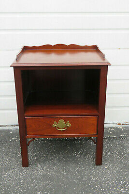 Mahogany Carved Vintage Nightstand Side End Table by Kindel Furniture 1039