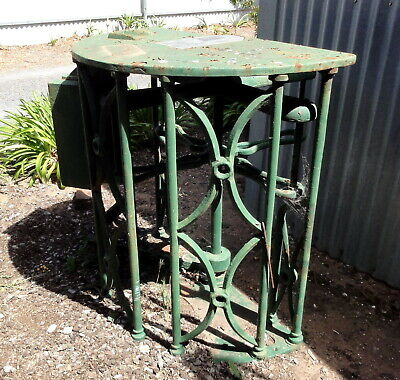 EXTREMELY RARE EX-FLEMINGTON RACECOURSE EARLY ORNATE CAST IRON TURNSTILE in G.C.