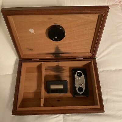 Reed and Barton Humidor With MT Cigar Cutter