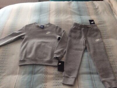 Nike Crew Top & Jogger, Tracksuit / Grey / Boy-Girl Age / 100% Genuine / Rrp £65