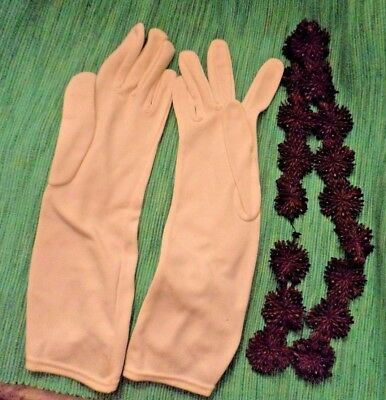 Ladies mid length white gloves 6 1/2 & natural seed necklace or small belt prop