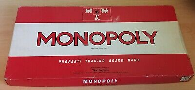 Monopoly Board Game, Parker Brothers/Waddingtons 1972 Edition - complete