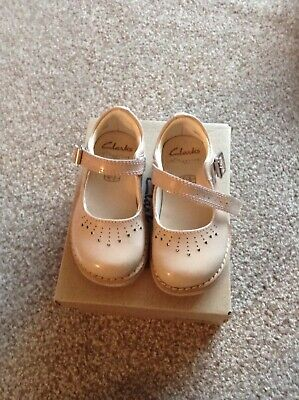 Clarks Blush Size 4.5 G Girls Shoes