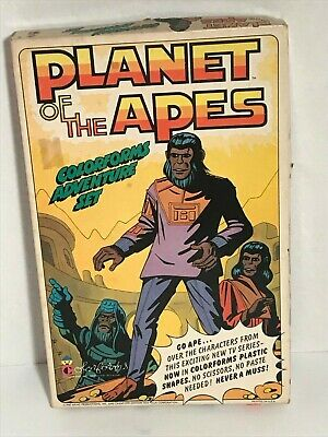 Planet of the Apes Colorforms playset 1967 complete