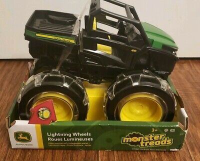 TOMY John Deere Lighting Wheels Gator Multi
