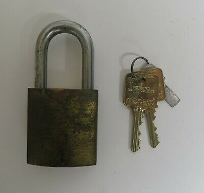 used high security Medeco padlock with 2 Keys - great for vending, car wash, etc