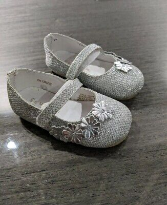 Beautiful Monsoon Silver Infant Girls Wedding Christening Shoes Size 3 RRP £24