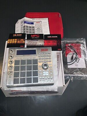 Akai Professional MPC Studio - Music Production Controller