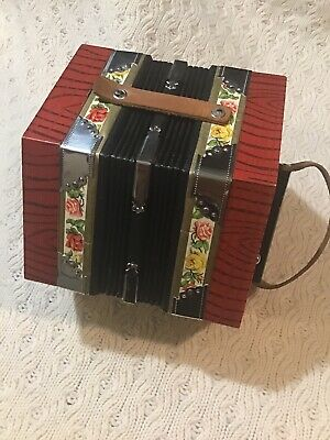 Scholer Concertina Accordion 20 Button Vintage Squeeze Box IN WORKING ORDER