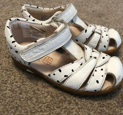🌺 Girls CLARKS Infant Toddler Shoes Sandals Size 6 1/2 F 🌺