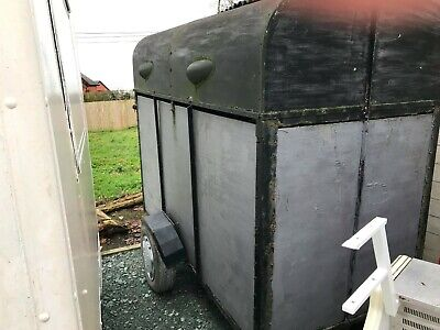 Vintage Horse Box Trailer Conversion/ Street Food/ Bar/ Catering