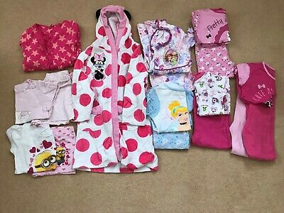 4 to 5 year old girls dressing gown & pj's