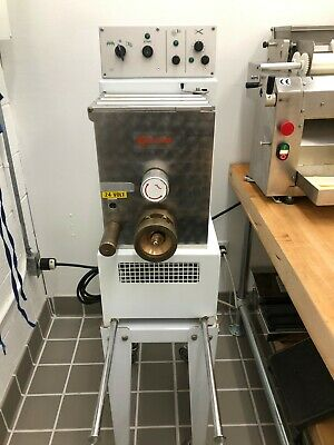 TR 75 machine in great working order Used daily for the last year.