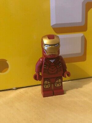 LEGO Super Heroes Iron Man with Triangle on Chest Minifigure sh015 from Set 6867