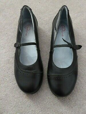 Start-rite Shoes/School Shoes Size 6.5/40 F Rhino Real Leather Pristine Con