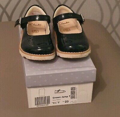 Clarks Crown jump Navy Patent Leather Girls Shoes Size 6.5f