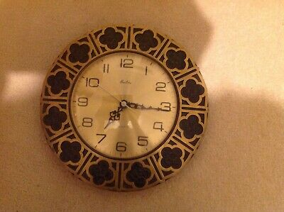 Bentima mid 1960s brass wall clock,battery in perfect working.order!
