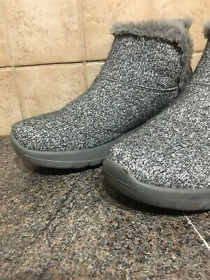 Skechers Grey ladies pull on ankle boots size 7