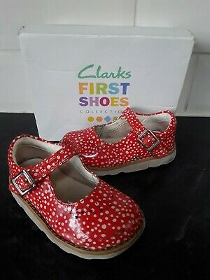 CLARKS GIRLS 1st SHOES 5 F Patent Leather GREAT CONDITION Red Spotted