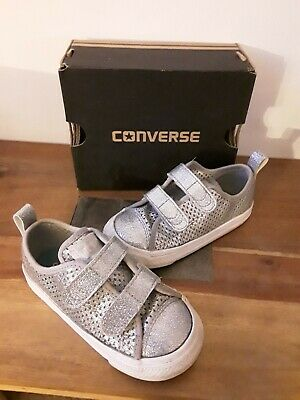 CONVERSE ALL STAR KIDS CANVAS SHOES Size 8 uk 24 eu SILVER Good Used Condition