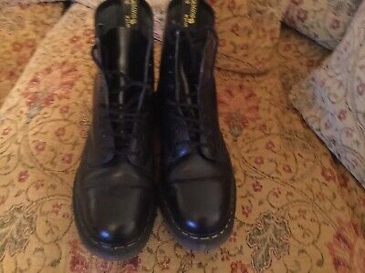 Dr Martens 8-Eye Classic Airwair 1460 Leather Ankle Boots Unisex Size 10