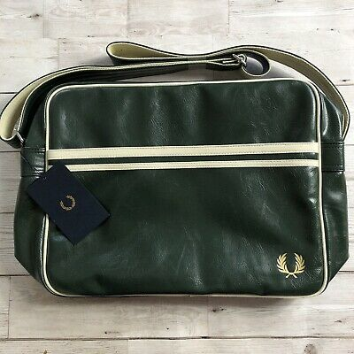 Navy FRED PERRY Classic shoulder messenger Airliner Bag L5251-A20 Regal