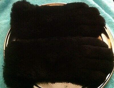 VINTAGE GLOVES BLACK FUR AND LEATHER GAUNTLET STYLE  sz; M (marked 6.5)