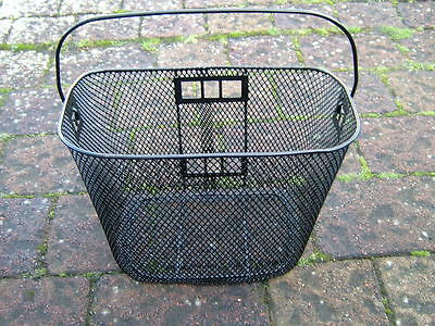 MOBILITY SCOOTER FRONT BASKET 34 cm x 26 cm x 26 cm WITH CARRYING HANDLE BA-012