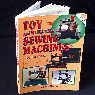 Antique Sewing Machine à Coudre book. Toy and Miniature Machines